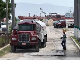 Haïti débat / La crise pétrolière en Haïti : 160 mille barils de produits sont disponibles dans le débarcadère haïtien, annonce Eddy Jacqueson Alexis