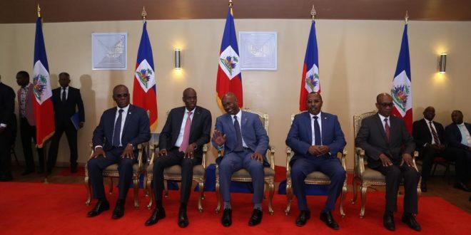 Scoop édito : Accroché à la propagande, l'État haïtien engage un dialogue de sourds avec la population autour de la pandémie du coronavirus