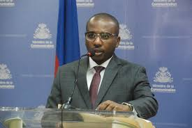 Haïti débat : Claude Joseph croit que tous les représentants haïtiens à l'étranger ne sont pas des diplomates patriotes, partageant une analyse de Pierre Raymond Dumas